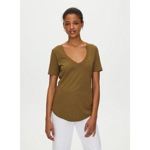 The Group Babaton FOUNDATIONS V Neck T Shirt XS